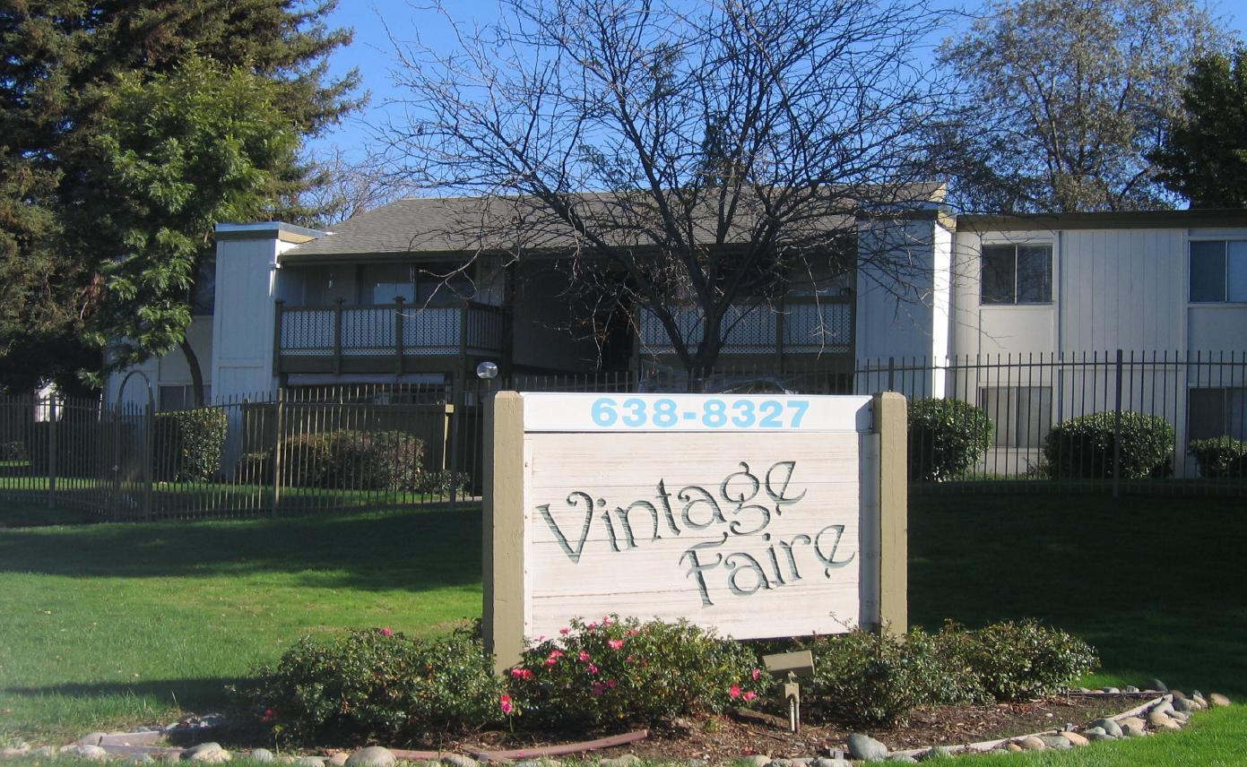 Vintage Faire Apartments